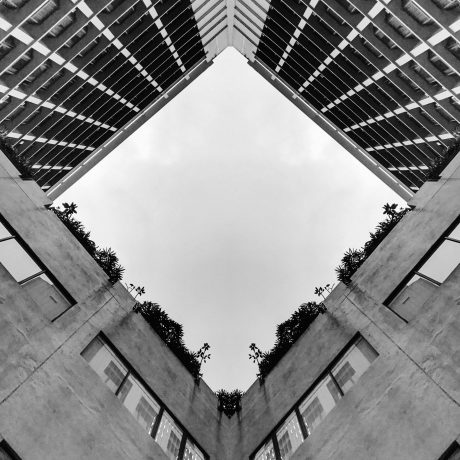 gray-high-rise-building-950754